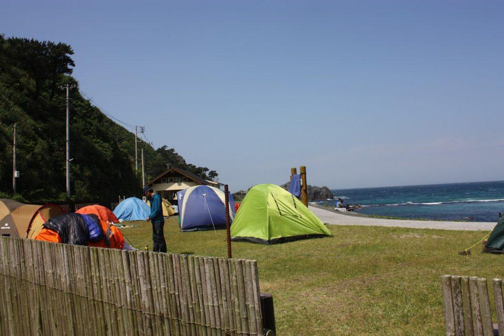 キャンプ客
