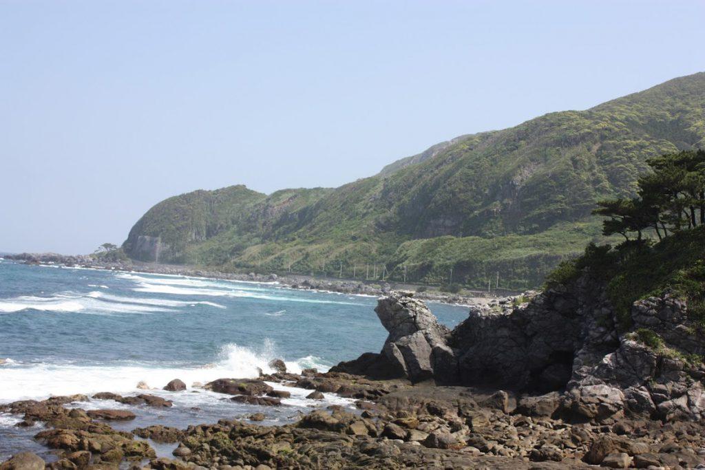 亀の形の岩山