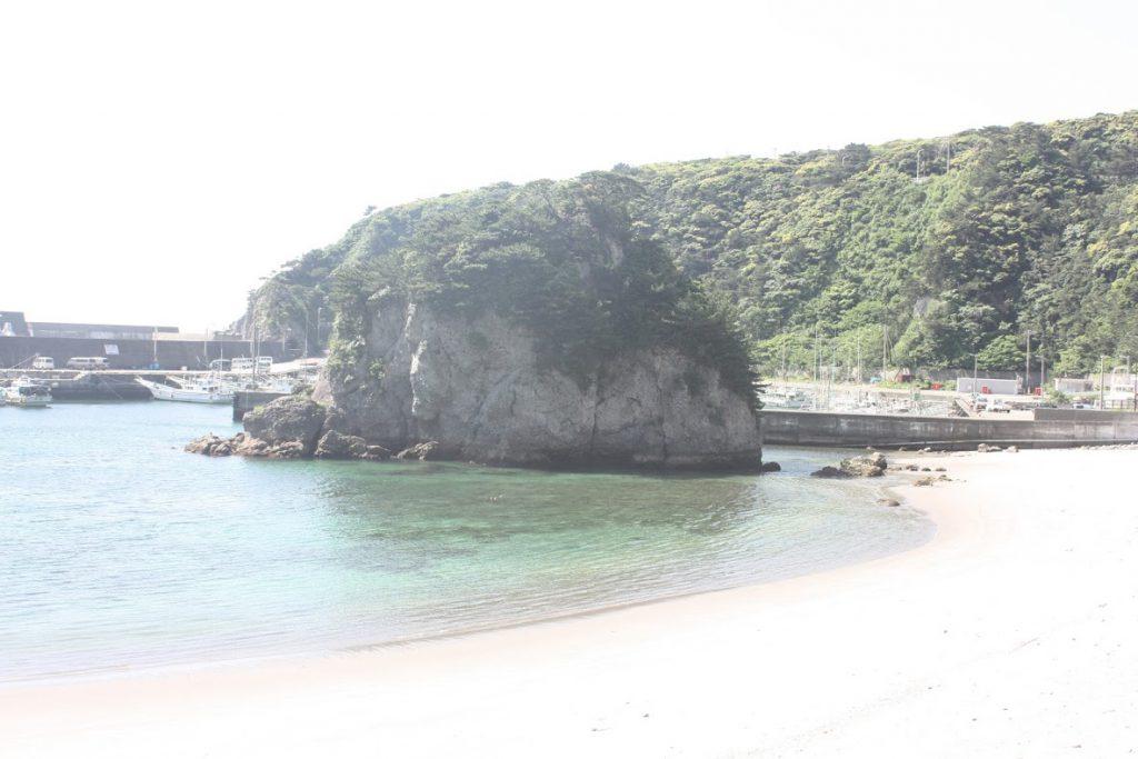 多幸湾、丸島