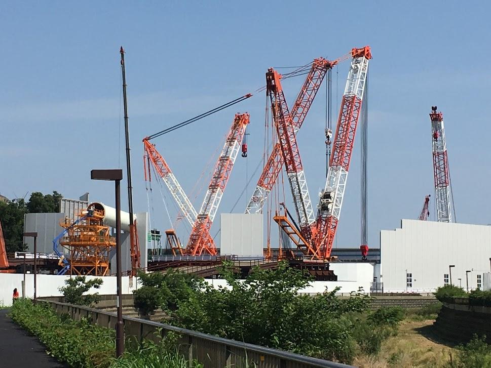 東名高速の工事